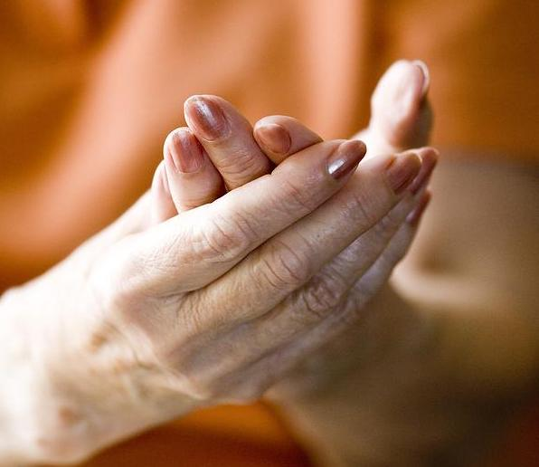 Person suffering from Peripheral Neuropathy Pain in Fort Worth, TX